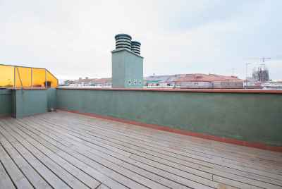 Duplex with large terraces near Sagrada Familia